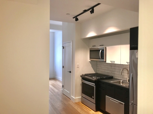 Studio, Financial District Rental in NYC for $2,713 - Photo 1