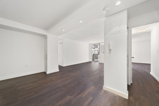 3 Bedrooms, Rose Hill Rental in NYC for $5,800 - Photo 2