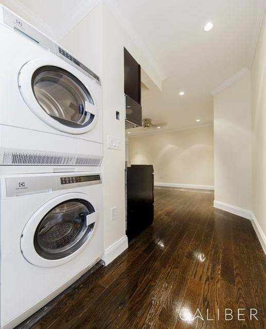 3 Bedrooms, Bowery Rental in NYC for $6,095 - Photo 1
