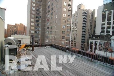 2 Bedrooms, Gramercy Park Rental in NYC for $4,453 - Photo 2