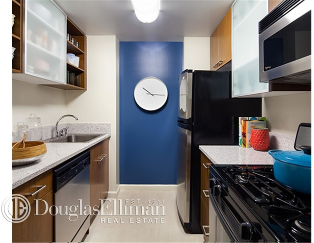 1 Bedroom, Chelsea Rental in NYC for $5,555 - Photo 2