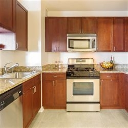 2 Bedrooms, Battery Park City Rental in NYC for $7,795 - Photo 1