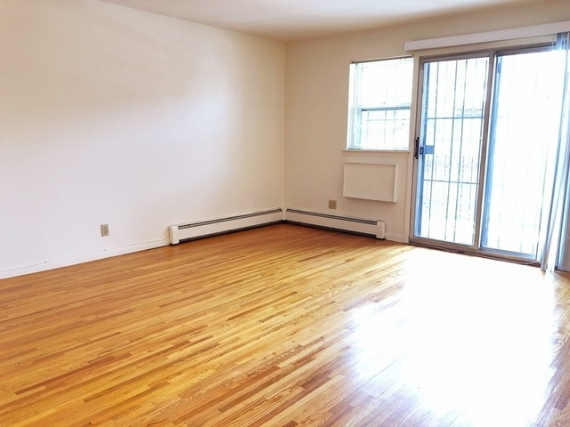 3 Bedrooms, Woodside Rental in NYC for $2,750 - Photo 1