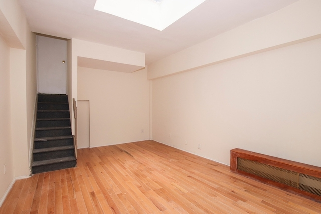 3 Bedrooms, Murray Hill Rental in NYC for $5,395 - Photo 2