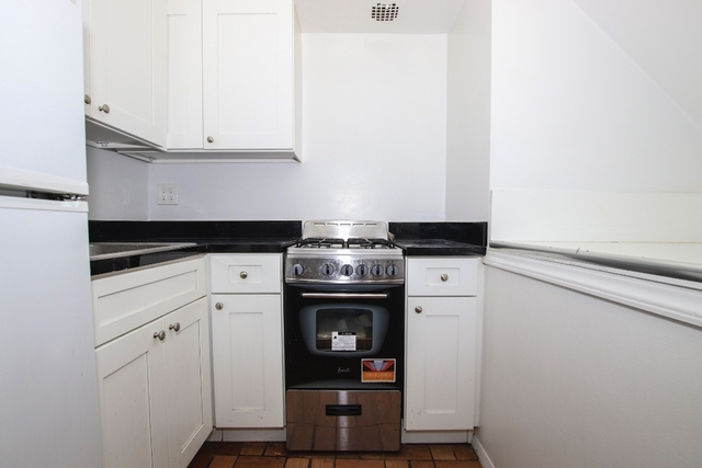 3 Bedrooms, Murray Hill Rental in NYC for $4,042 - Photo 1