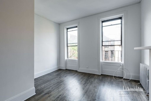 2 Bedrooms, Hell's Kitchen Rental in NYC for $2,920 - Photo 2