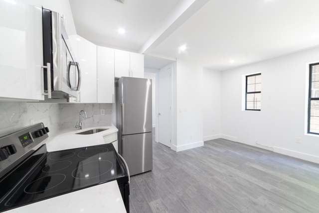 3 Bedrooms, Kew Gardens Rental in NYC for $3,208 - Photo 1