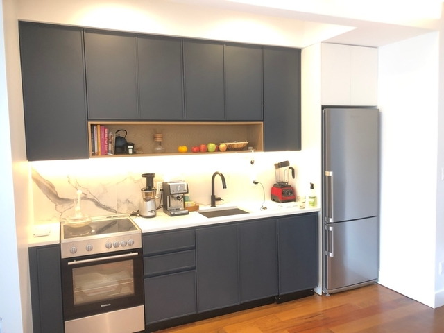 2 Bedrooms, Greenpoint Rental in NYC for $4,525 - Photo 2