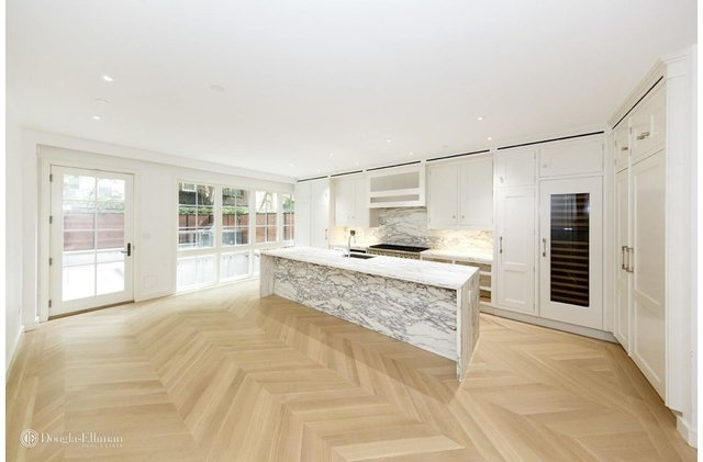 5 Bedrooms, East Village Rental in NYC for $28,500 - Photo 2