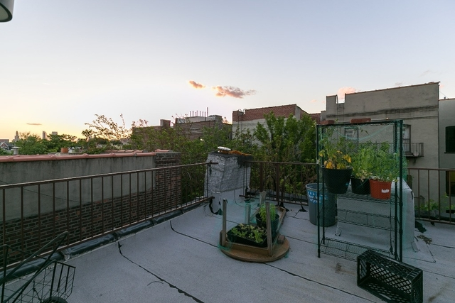 4 Bedrooms, East Williamsburg Rental in NYC for $4,199 - Photo 2