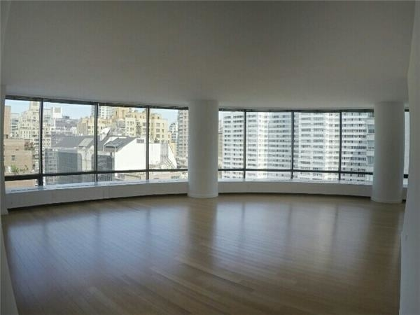2 Bedrooms, Upper East Side Rental in NYC for $8,900 - Photo 2