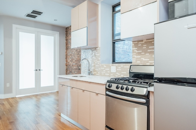 3 Bedrooms, Crown Heights Rental in NYC for $2,790 - Photo 1