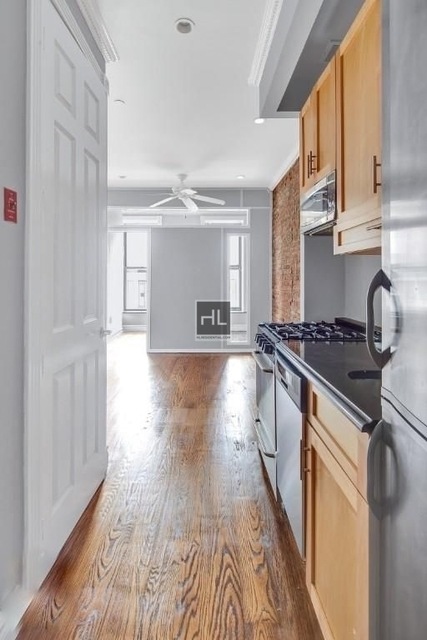 3 Bedrooms, East Village Rental in NYC for $6,195 - Photo 2