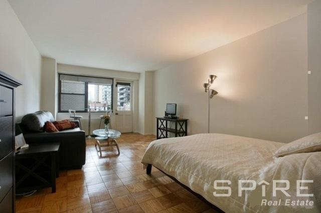 1 Bedroom, Yorkville Rental in NYC for $2,998 - Photo 1