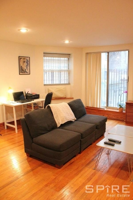1 Bedroom, Yorkville Rental in NYC for $3,122 - Photo 2