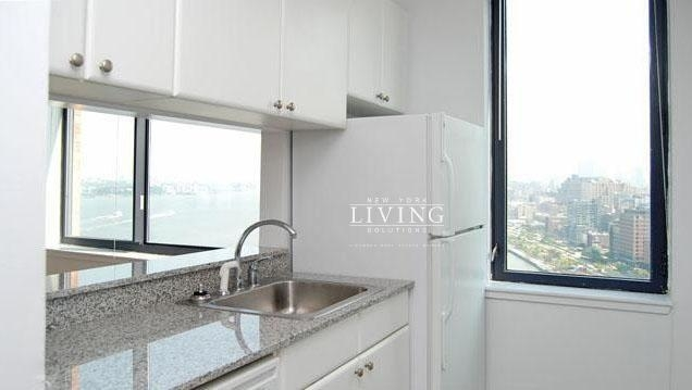 1 Bedroom, Battery Park City Rental in NYC for $5,698 - Photo 2