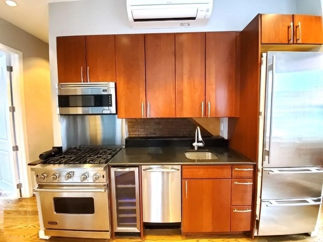 3 Bedrooms, West Village Rental in NYC for $10,995 - Photo 2
