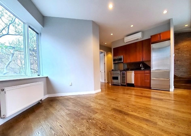 3 Bedrooms, West Village Rental in NYC for $10,995 - Photo 1