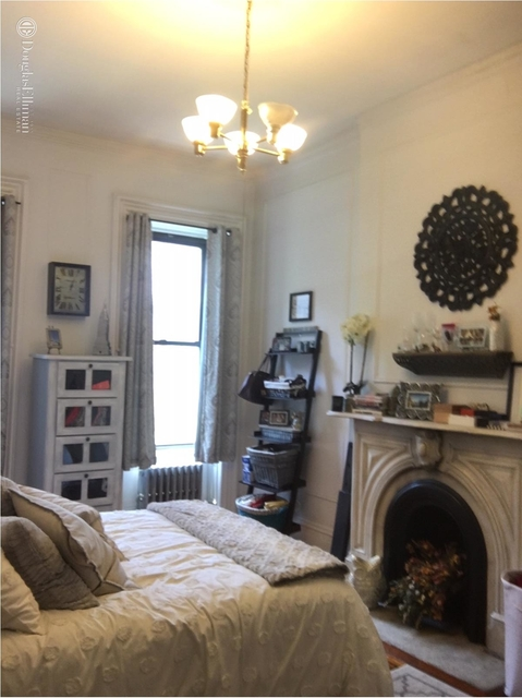 3 Bedrooms, Hell's Kitchen Rental in NYC for $4,100 - Photo 2