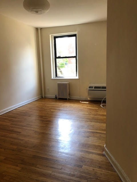 3 Bedrooms, Hell's Kitchen Rental in NYC for $2,995 - Photo 1