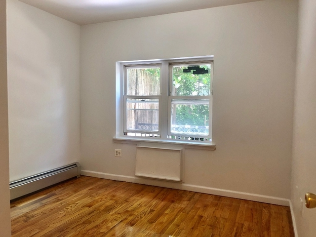 4 Bedrooms, Greenpoint Rental in NYC for $3,999 - Photo 1