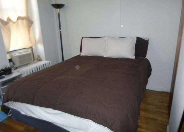 1 Bedroom, Yorkville Rental in NYC for $2,525 - Photo 2