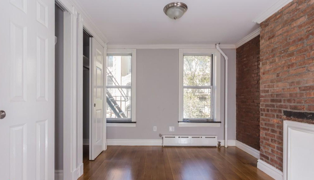 2 Bedrooms, East Village Rental in NYC for $4,995 - Photo 2
