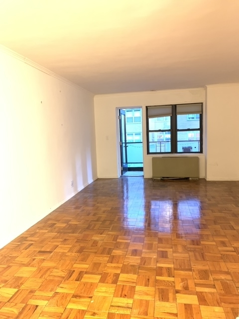 1 Bedroom, Upper East Side Rental in NYC for $2,970 - Photo 2
