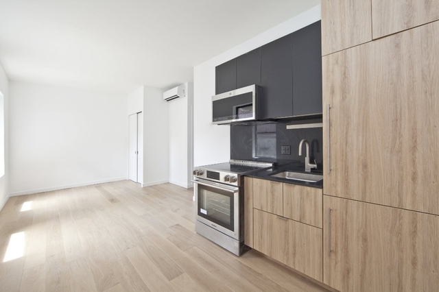 3 Bedrooms, East Village Rental in NYC for $4,681 - Photo 1