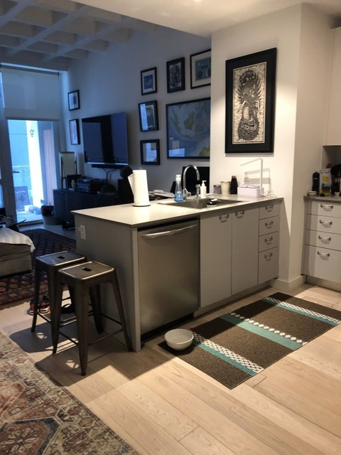 1 Bedroom, Long Island City Rental in NYC for $2,854 - Photo 2
