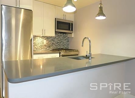3 Bedrooms, Turtle Bay Rental in NYC for $7,695 - Photo 1