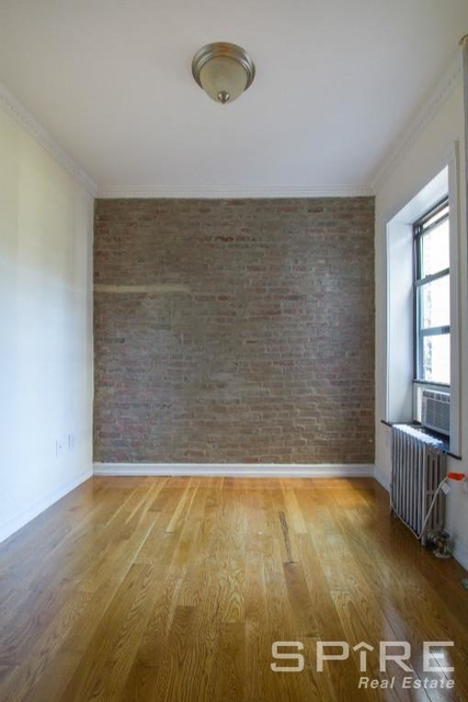 2 Bedrooms, East Village Rental in NYC for $3,796 - Photo 2