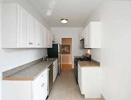 2 Bedrooms, Kew Gardens Rental in NYC for $2,550 - Photo 1