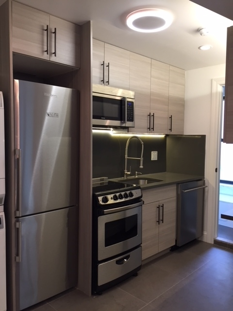 2 Bedrooms, Alphabet City Rental in NYC for $4,000 - Photo 1