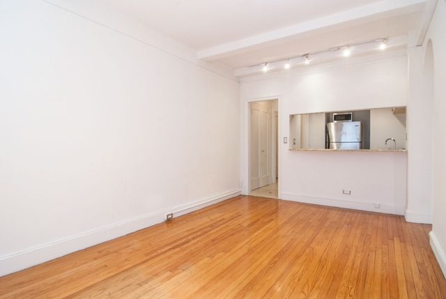2 Bedrooms, Theater District Rental in NYC for $3,800 - Photo 2