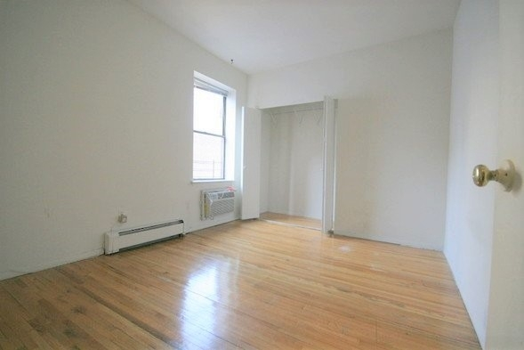 1 Bedroom, Rose Hill Rental in NYC for $2,795 - Photo 2