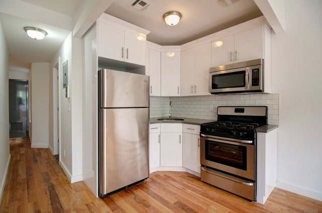 3 Bedrooms, Prospect Heights Rental in NYC for $3,335 - Photo 2