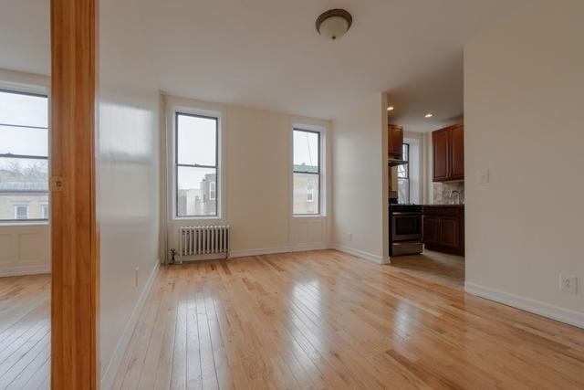 3 Bedrooms, Weeksville Rental in NYC for $2,350 - Photo 2