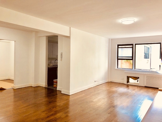 3 Bedrooms, Turtle Bay Rental in NYC for $8,400 - Photo 1