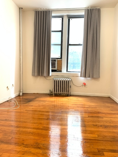 1 Bedroom, Upper East Side Rental in NYC for $2,290 - Photo 2