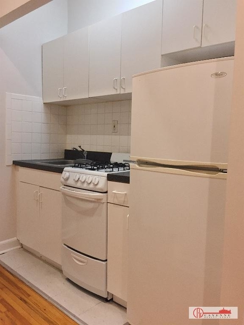 Studio, Yorkville Rental in NYC for $2,179 - Photo 2