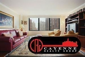 3 Bedrooms, Yorkville Rental in NYC for $3,800 - Photo 1