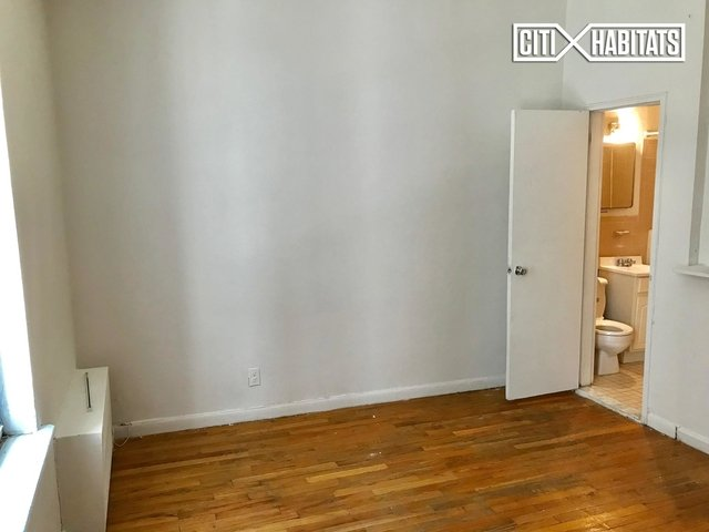 Studio, Yorkville Rental in NYC for $1,825 - Photo 2