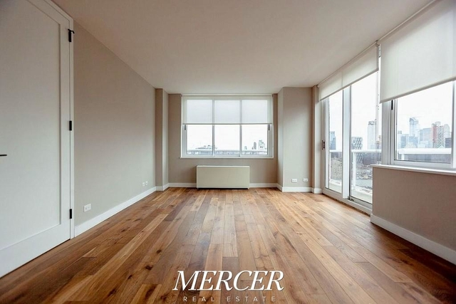 2 Bedrooms, Hell's Kitchen Rental in NYC for $6,750 - Photo 1