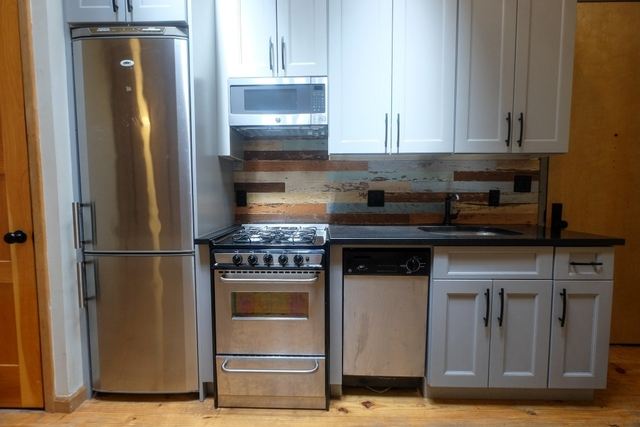 4 Bedrooms, Bushwick Rental in NYC for $4,500 - Photo 2