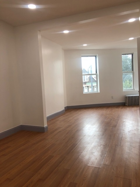 3 Bedrooms, Flatbush Rental in NYC for $2,799 - Photo 2