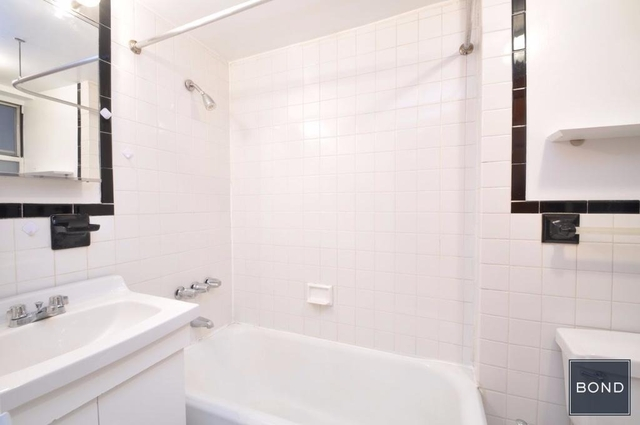 1 Bedroom, West Village Rental in NYC for $2,722 - Photo 2