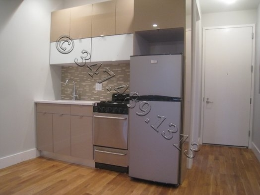 3 Bedrooms, Crown Heights Rental in NYC for $2,850 - Photo 1