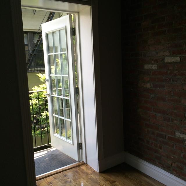 1 Bedroom, Alphabet City Rental in NYC for $3,295 - Photo 2