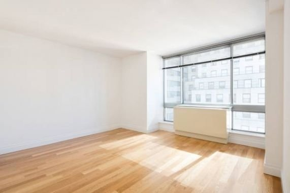 1 Bedroom, Turtle Bay Rental in NYC for $4,275 - Photo 2
